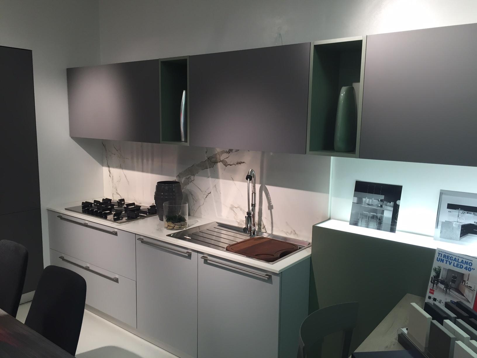 Cucina doimo cucine cromatika laminato opaco cucine a - Laminato in cucina ...