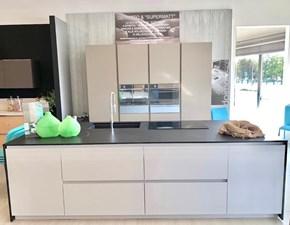 Cucina Doimo cucine design ad isola bianca in laccato opaco Materia