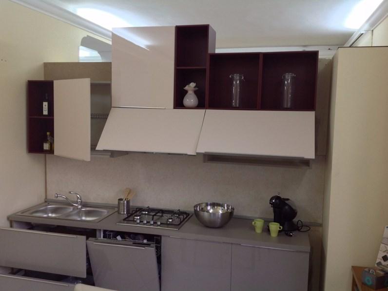 Cucina doppia parete 150 270 cm in stile moderno con for Cucina 150 cm