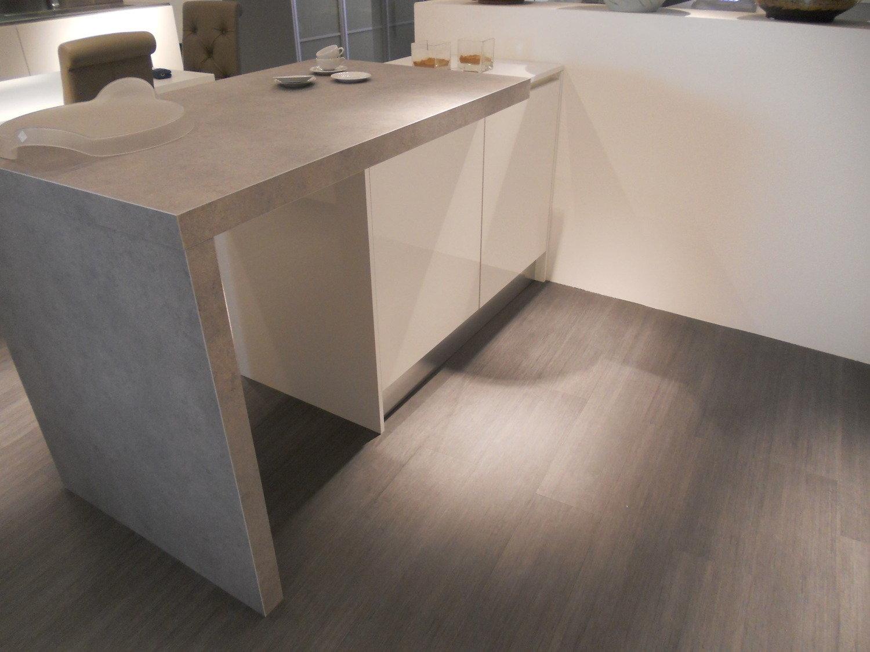 Cucina effequattro in offerta 8461 cucine a prezzi scontati - Cucina laminato effetto legno ...