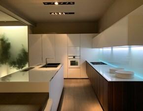 Cucina Elam moderna con penisola bianca in laccato opaco Soya