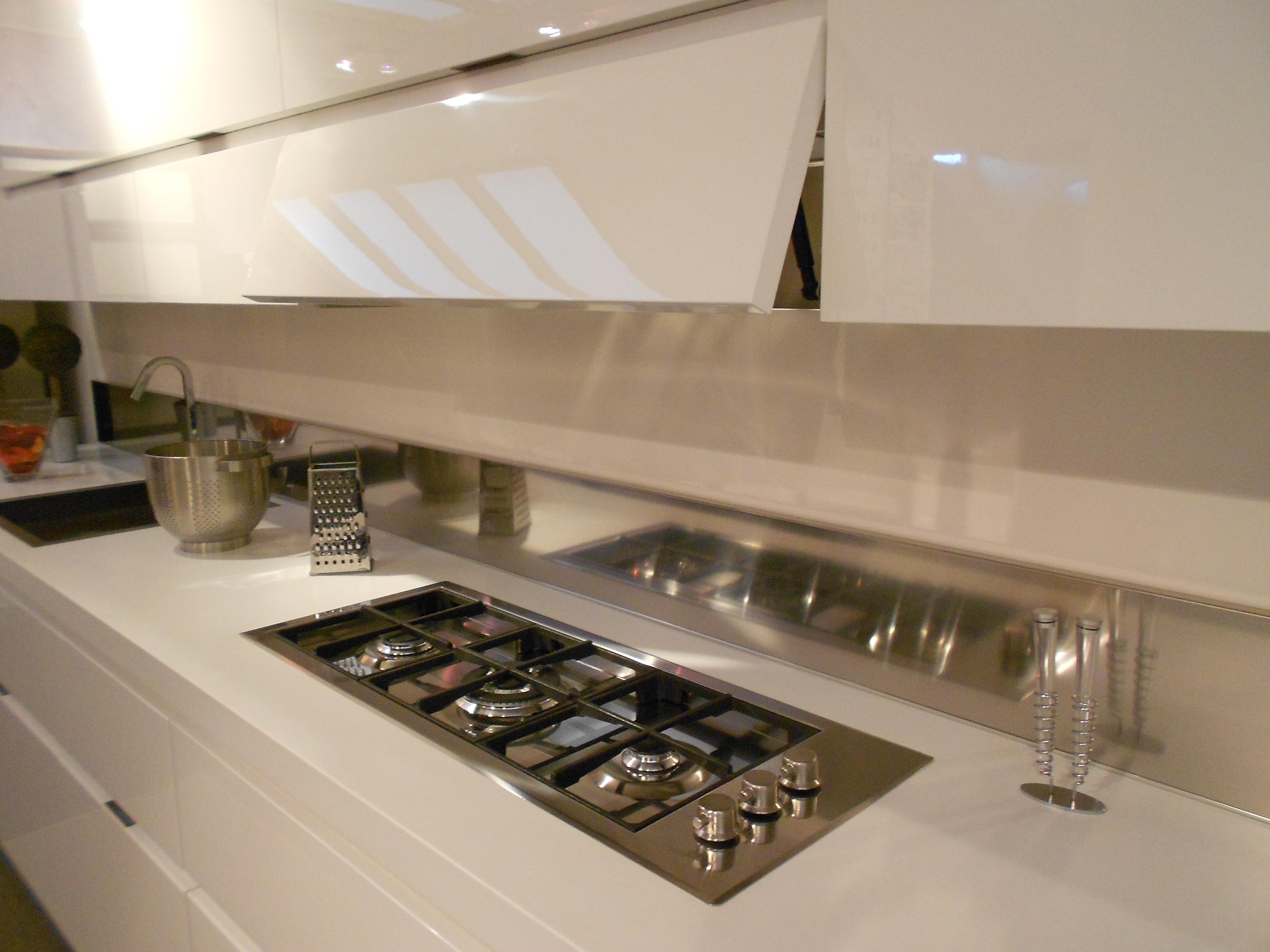 Cucina elektra scontata cucine a prezzi scontati for Piano cottura cucina