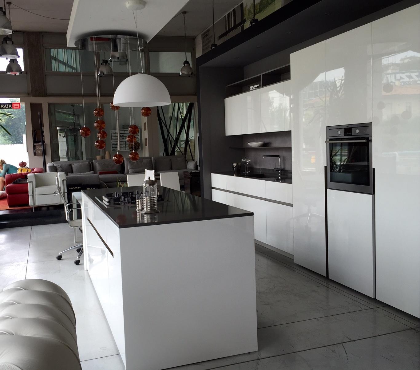 Cucina elmar modello home design laccato lucido bianca for Cucine design