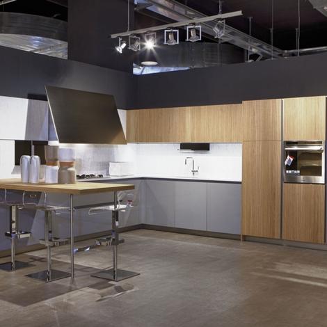 Elmar cucine cucina slim design legno rovere chiaro - Cucina legno chiaro ...