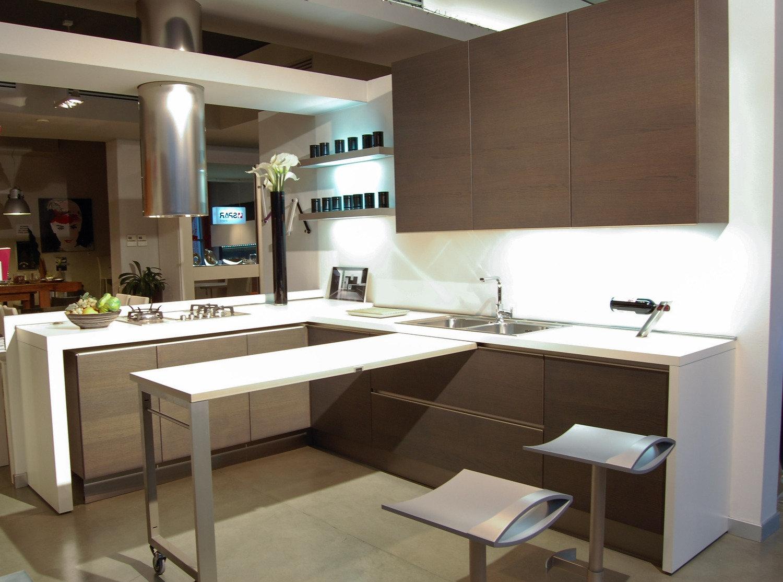 Cucina elmar modello modus cucine a prezzi scontati - Disposizione cucina ad angolo ...