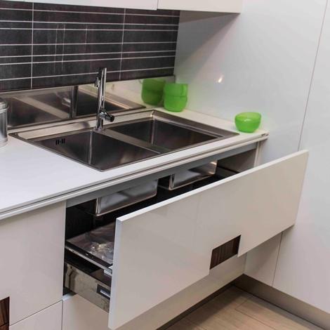 Cucina ernesto meda carre 39 scontata del 53 cucine a prezzi scontati - Ernesto meda cucine listino prezzi ...