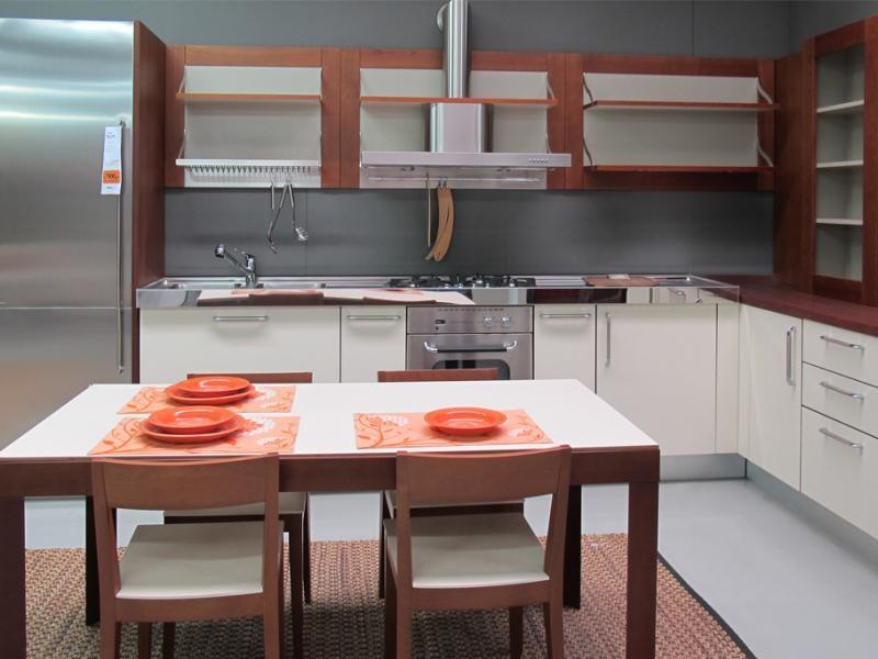Cucina ernestomeda flute ciliegio e bianca top acciaio cucine a prezzi scontati - Cucina ernestomeda prezzi ...