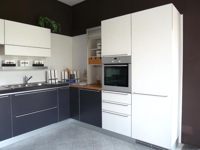 Cucina Ernestomeda Seventy Laminato Opaco - Cucine a prezzi scontati
