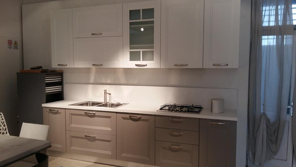 Cucina essebi cucine alba color platino e bianca moderno - Cucine essebi prezzi ...
