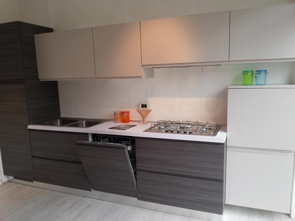 Cucina essebi cucine zenit moderna laminato materico - Anta cucina laminato ...