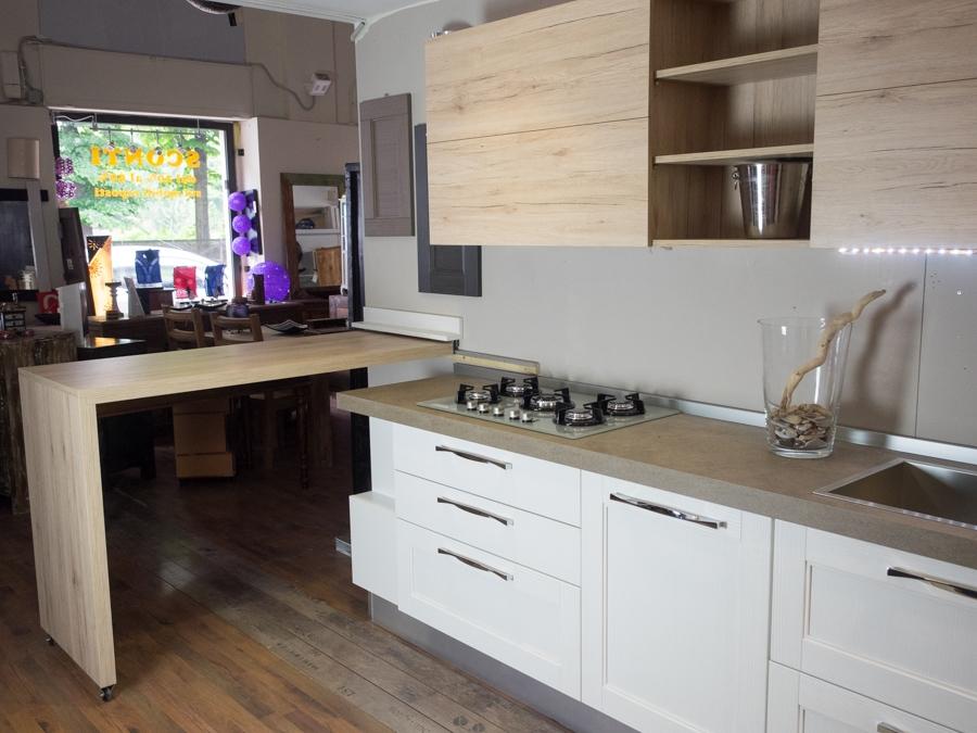 Cucina essenza vintage white in offerta nuovimondi outlet arredamento cucine a prezzi scontati - Outlet arredamento cucine ...
