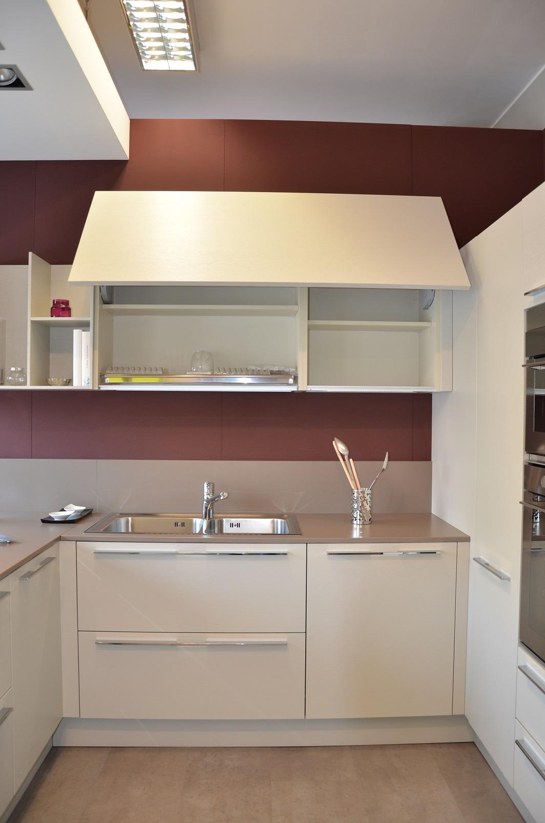 Cucina euromobil e25 moderna legno cucine a prezzi scontati - Furgone attrezzato con cucina ...
