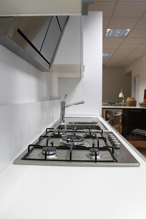 Beautiful cucine euromobil prezzi ideas acrylicgiftware - Euromobil cucine prezzi ...