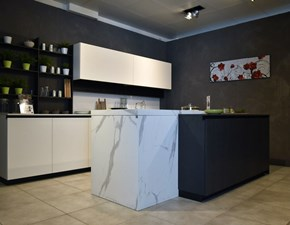 Cucina Evolution color trend-natural design bianca ad isola Stosa cucine