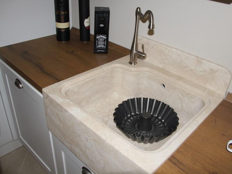 Cucina favilla classica bianca ad angolo scavolini - Cucina favilla scavolini prezzi ...