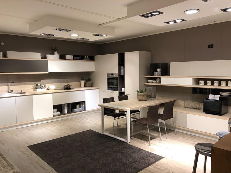 Cucina foodshelf design tortora con penisola scavolini for Borgonovo arredamenti