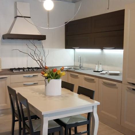 Cucina moderna angolo Forma 2000 scontata del 64% - Cucine a ...