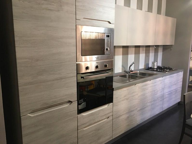 Cucina forma 2000 moderna lineare tortora in laminato - Forma 2000 cucine ...