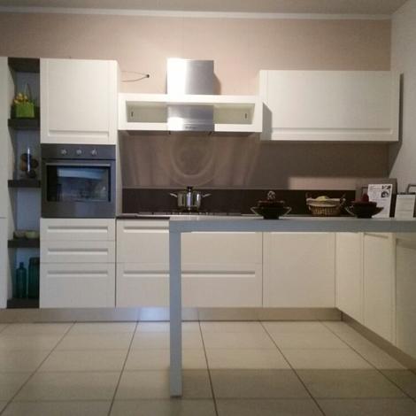 Ged cucine cucina cucina treviso scontato del 52 - Cucina a ferro di cavallo ...