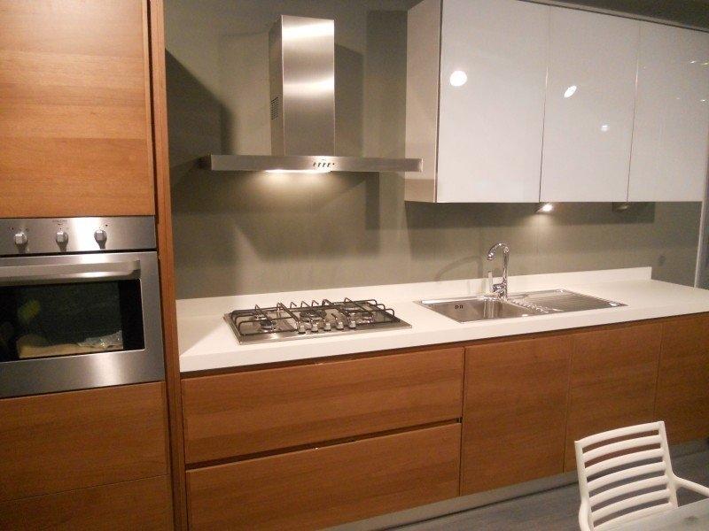 Cucina ged in offerta 9374 cucine a prezzi scontati - Colore parete cucina noce ...