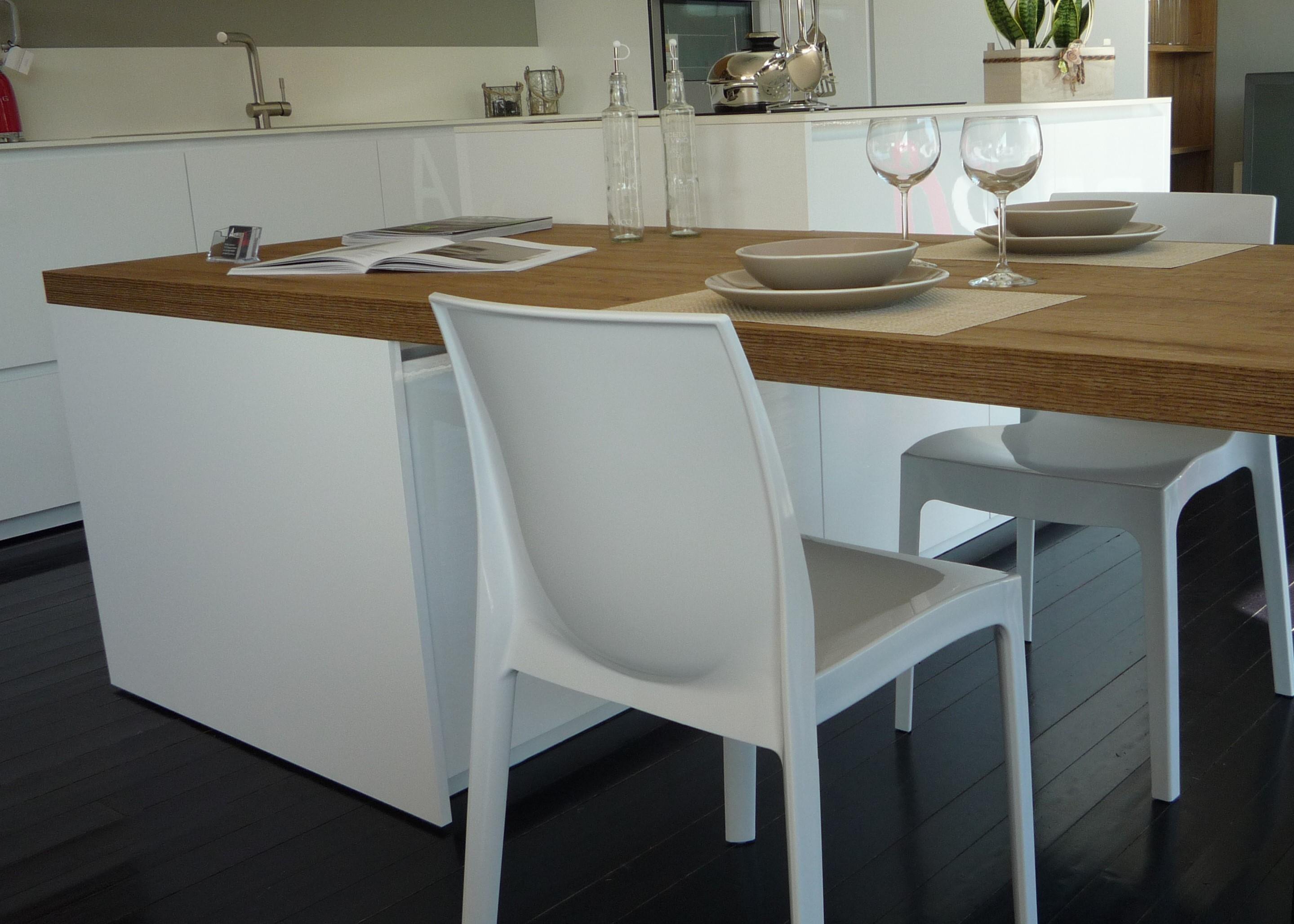 Cucina con isola Gentili scontata del 62% per rinnovo mostra ...