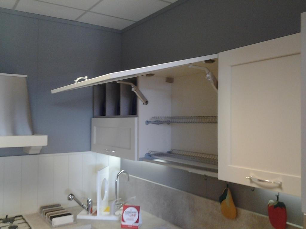 Cucina bianca e tortora casamia idea di immagine - Cucina bianca e tortora ...