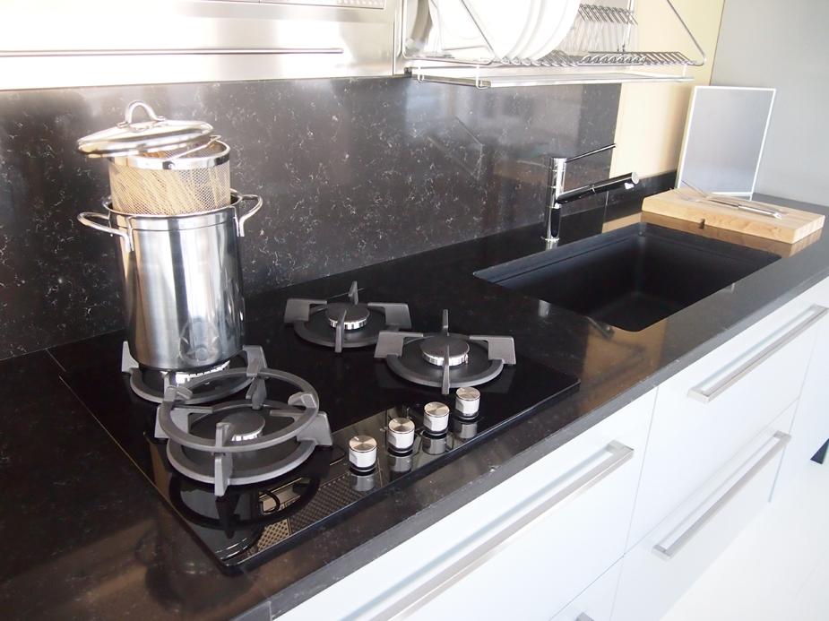 Cucina gory cucine gory cucine elisee 39 scontato del 51 for Piano cottura cucina