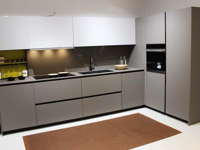 Cucina grigio design ad angolo Copatlife 3.1 fenix anta 30° Copat cucine