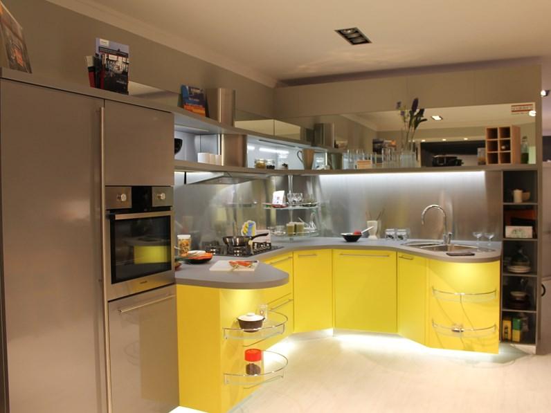 Cucina grigio design ad angolo Skyline 2.0 Snaidero in offerta