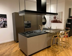 Cucina grigio design ad isola Alea Poliform in Offerta Outlet