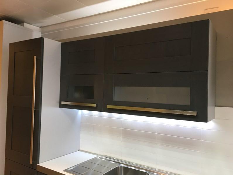 grigia design lineare Quadra Berloni cucine in Offerta Outlet