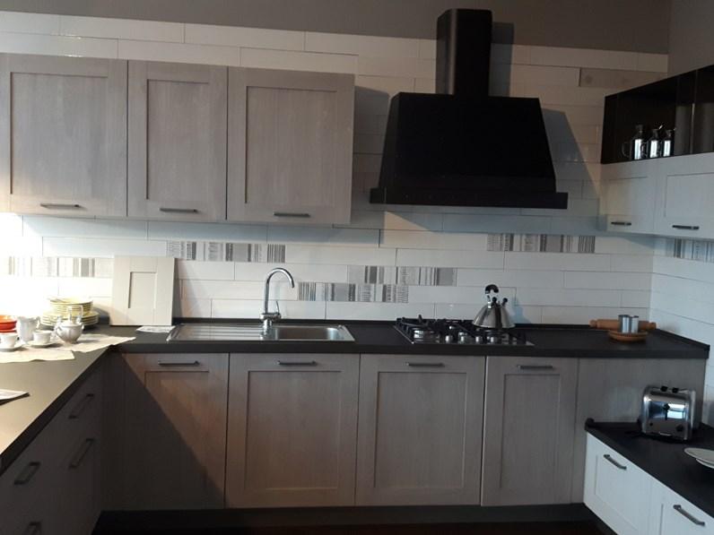 Cucine Bianco Grigio : Cucina grigio industriale ad angolo city rovere brizzo e rovere