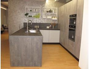 Cucina grigio moderna con penisola Calce grigio e laccato Artigianale in offerta