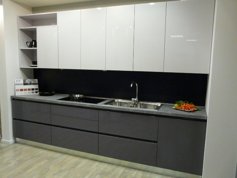 Cucina Moderna Fly : Cucina grigio moderna lineare fly di ar tre