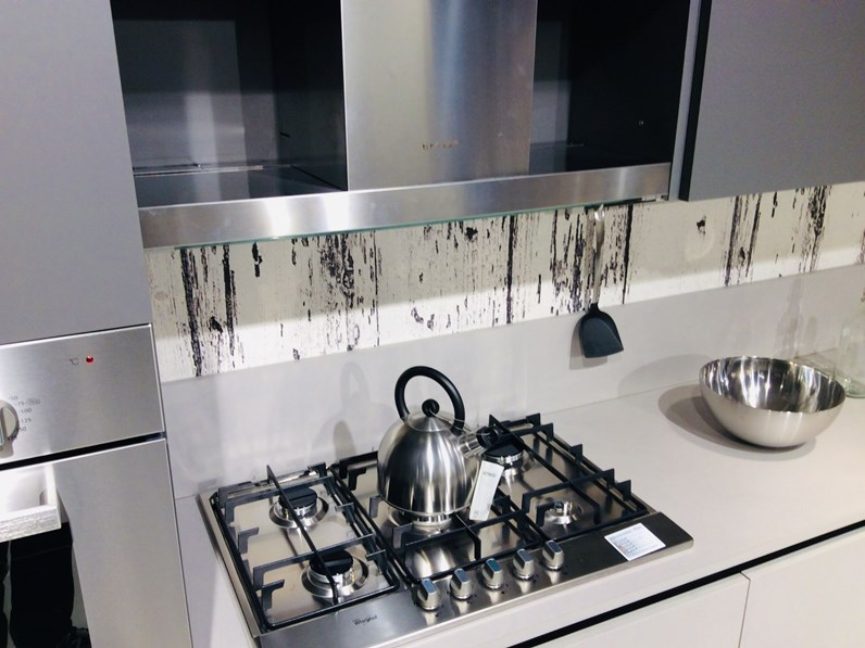 Cucina Grigio Moderna Lineare Plk Silicio Artigianale In Offerta Outlet