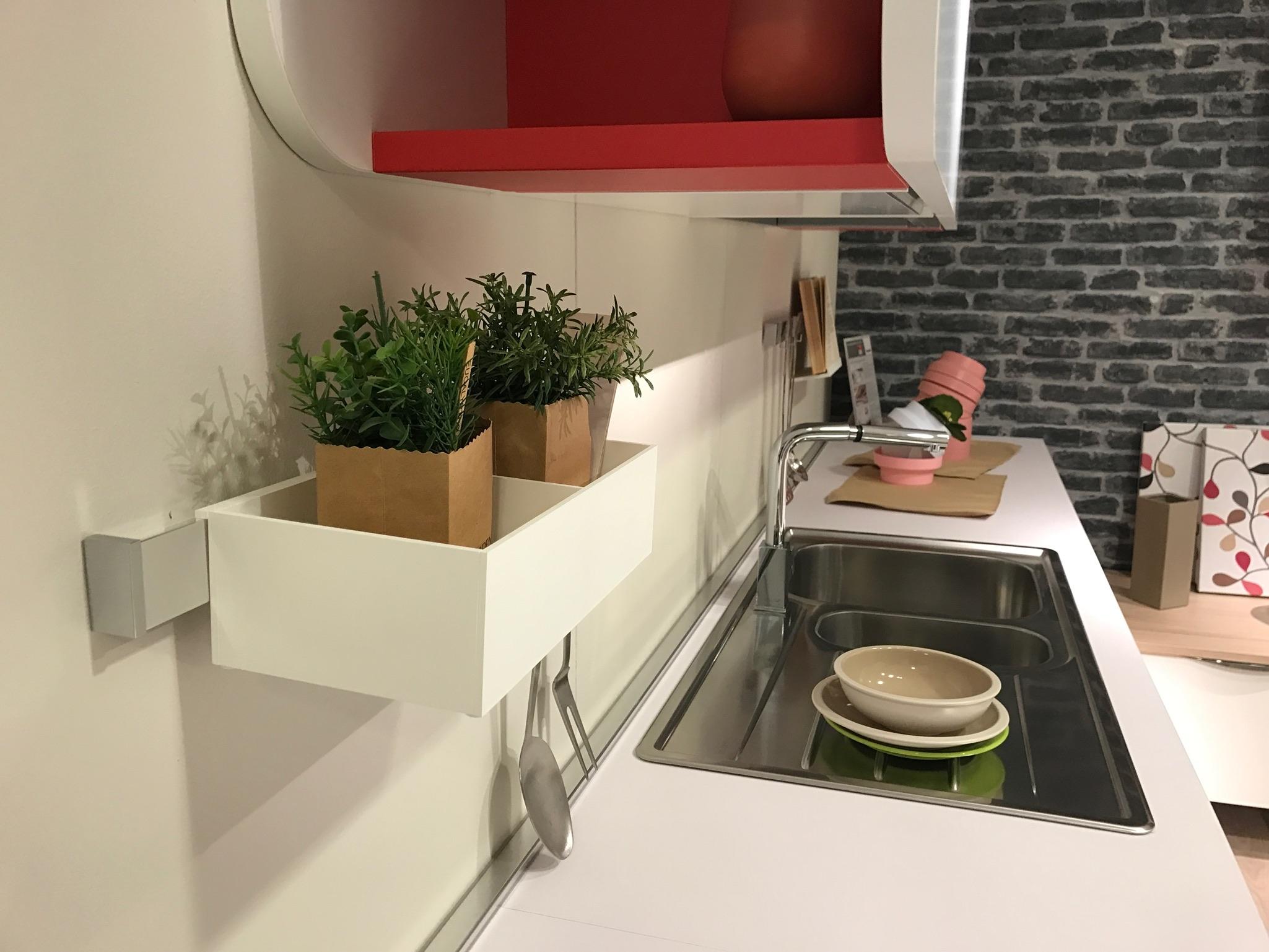 Cucina immagina lube con penisola prezzo offerta cucine - Cucine lube prezzo ...