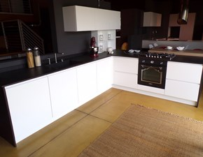 Cucina in laccato opaco Nova cucina a PREZZI OUTLET