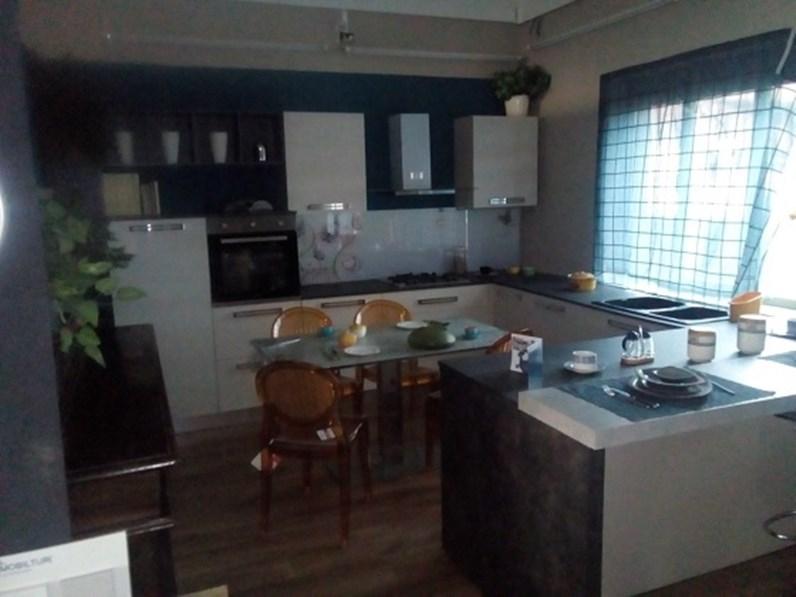 Cucina in laminato materico mobilturi cucine a prezzi outlet - Mobilturi cucine prezzi ...