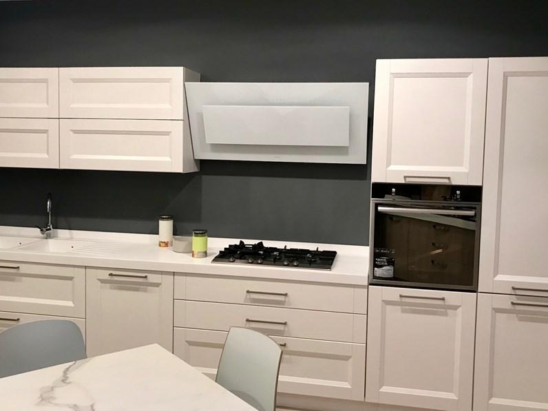 Cucina in legno di cucine esse a prezzi outlet - Cucine di esposizione outlet ...