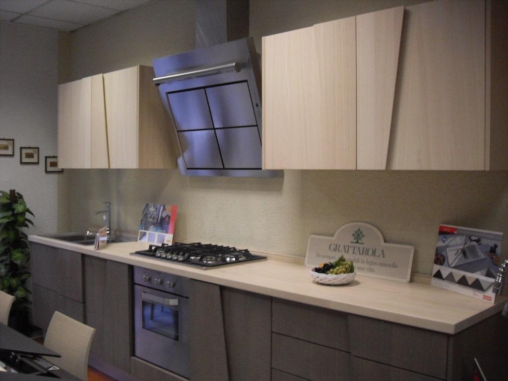 Cucina in legno massello modello Trapezio - Cucine a prezzi scontati