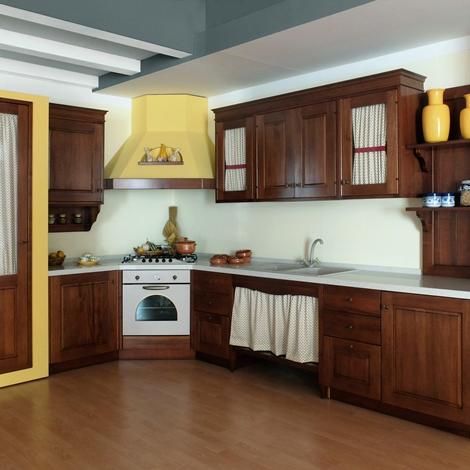 Cucina in legno noce massiccio con struttura in finta - Struttura cucina in muratura ...