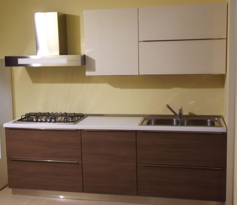 Venduto Cucina Ala Modello Linea Cucina In Noce Canaletto Bianco  #402B20 1500 1301 Mobili Componibili Per Cucina Torino