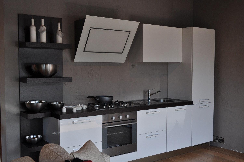 Cucina in offerta 4150 cucine a prezzi scontati - Cappa cucina bianca ...