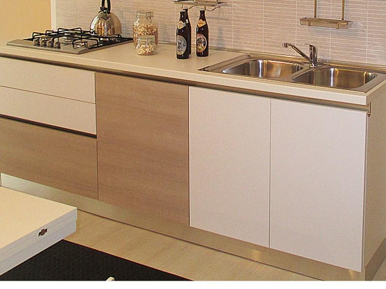 Cucina con gola modello joy marca gicinque a 3700 00 euro - Cucine da 10000 euro ...