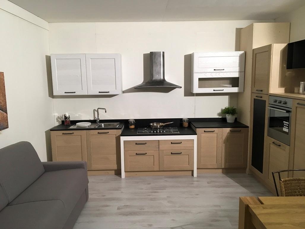 Cucina in rovere sbiancato cucine a prezzi scontati - Cucina a induzione prezzi ...