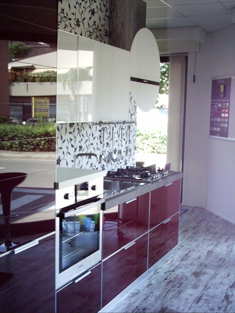 Cucina in vetro cucine a prezzi scontati - Rivestimento cucina vetro ...