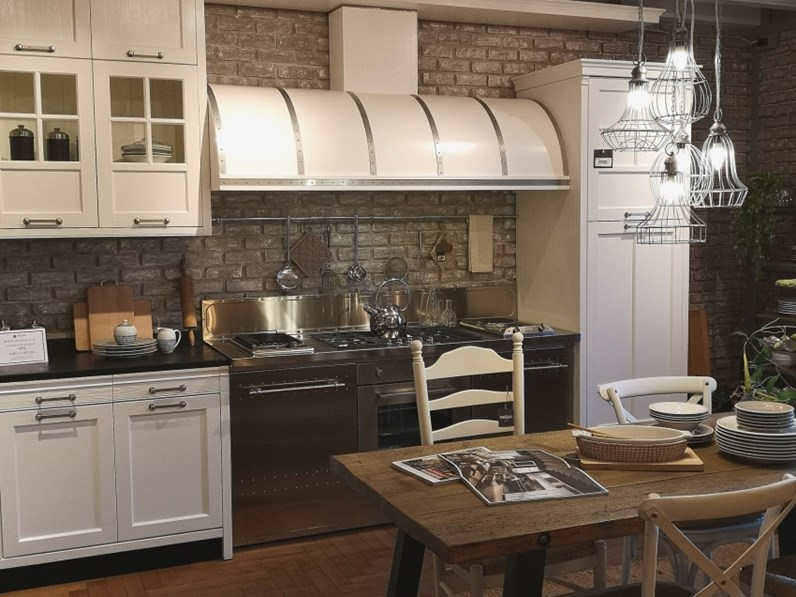 Cucina industriale bianca marchi cucine ad angolo kreola de scontata - Marche cucine a gas ...