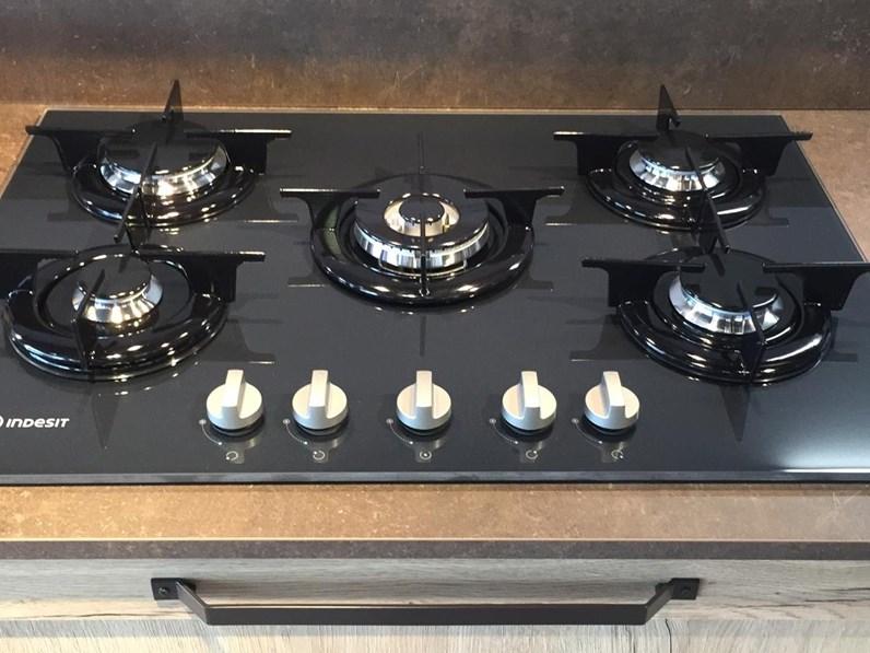 Cucina industriale lineare Arredo3 Domino telaio a prezzo ribassato