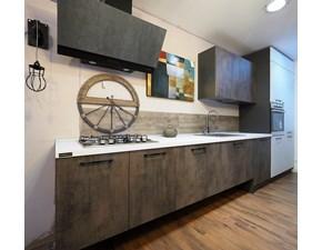 Cucina industriale lineare Nuovi mondi cucine Cucina moderna con basi sospese e colonne ossido white in offerta   a prezzo scontato
