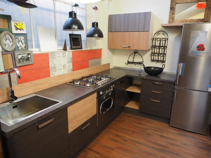 Cucina industriale zen tipe in essenza grey vintage con top smile decorock cucine a prezzi - Industrial style cucine ...